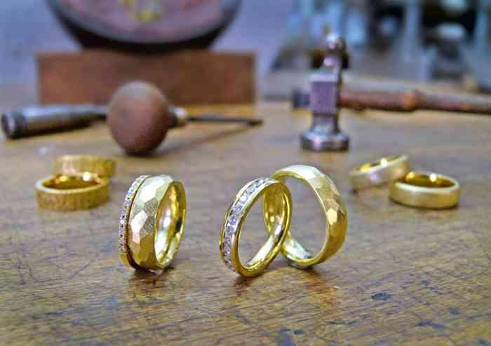 Goldringe von Bagger und Gehring