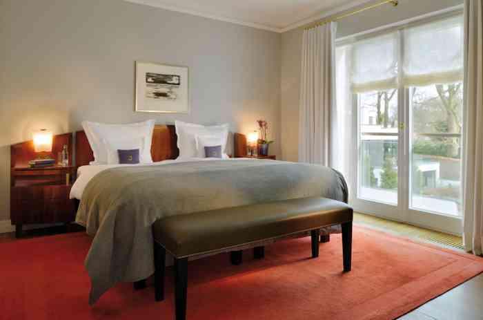Verspielt, historisch oder klassisch-modern. Mit Garten- oder Elbblick. Die Suiten und Zimmer des Louis C. Jacob haben viele schöne Ein- und Ausblicke.