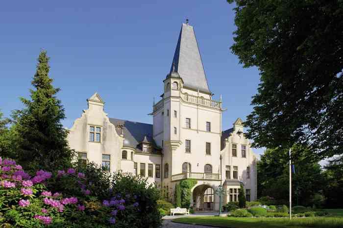 Eingangsportal Hotel Schloss Tremsbüttel