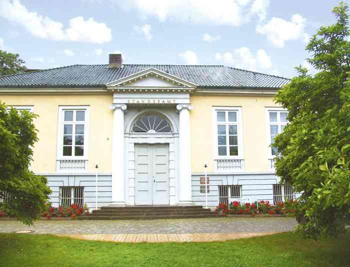 Haupteingang des Standesamt Lübeck.