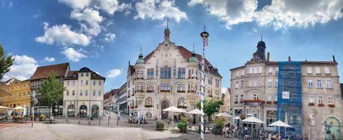 Marktplatz und Standesamt Elm-Lappwald