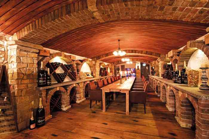 In privater Atmosphäre im Weinkeller zum Beispiel nach dem Standesamt feiern.