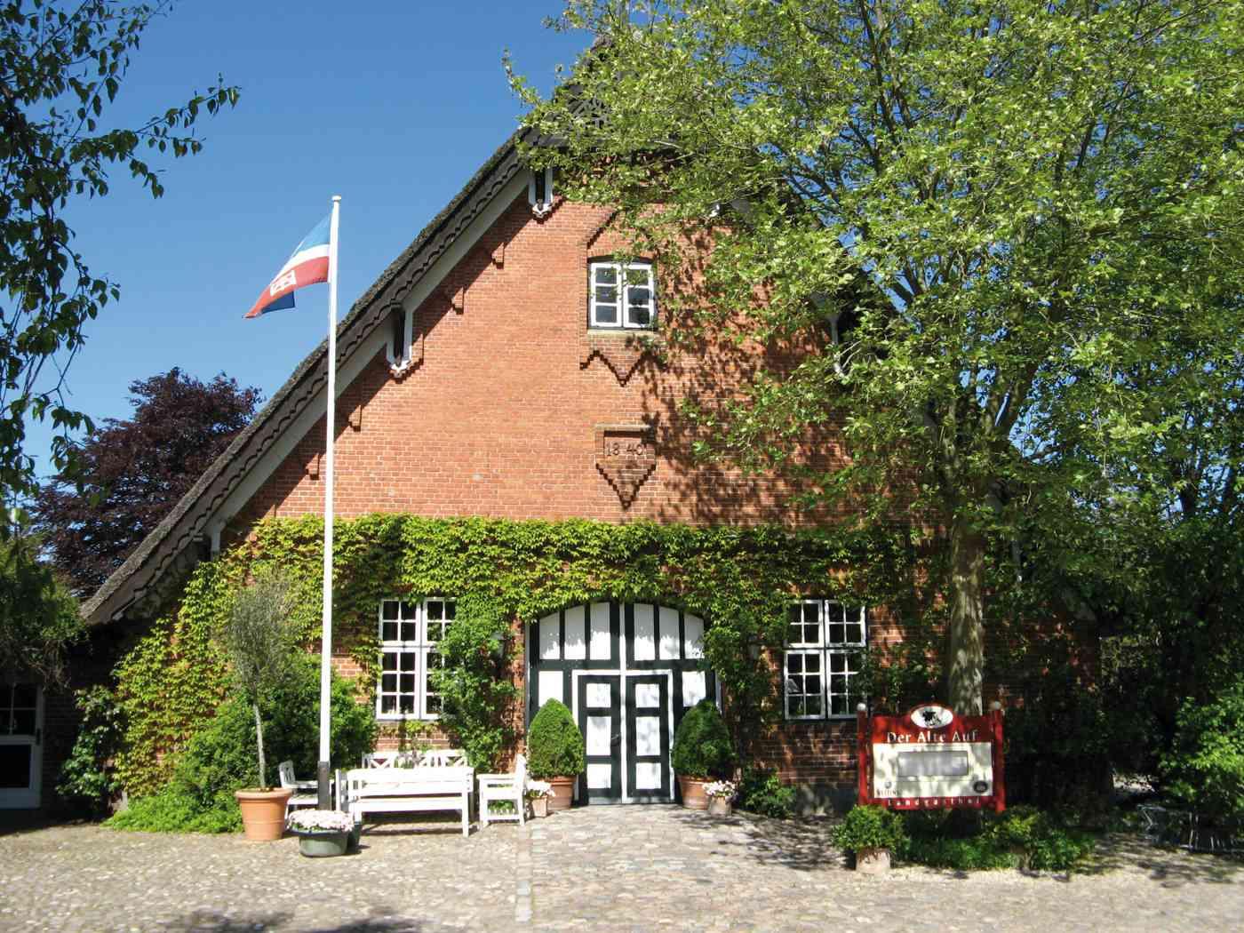 Landgasthof Der Alte Auf Hochzeit feiern in Fiefbergen bei Kiel