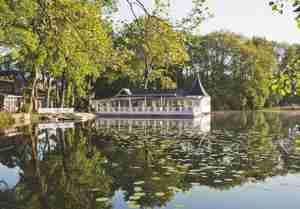 Bokel-Mühle am See