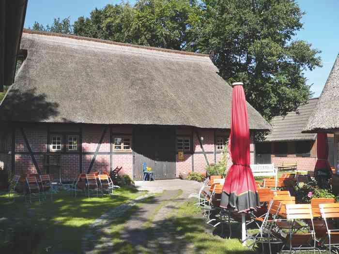 Die Festscheune des Heimatmuseums ist Trauort des Standesamtes Zingst.