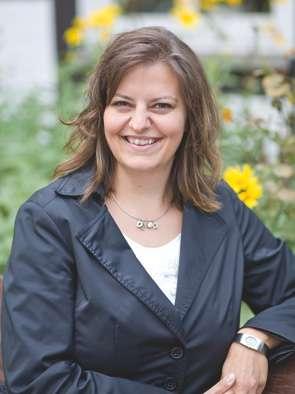 Die Standesbeamtin Katja Peters vom Standesamt Wedemark Region Hannover.