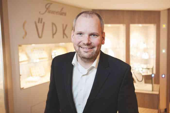 Florian Rollert Inhaber von Juwelier Süpke in Lüneburg