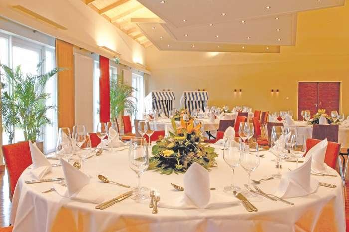 Festsaal in der Hochzeitslocation Iberhotel Boltenhagen.