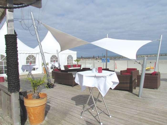 Hochzeitsfeier am Strand der Ostsee Damp Touristik