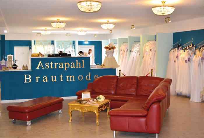 Astraphal Brautmode Verkaufsraum