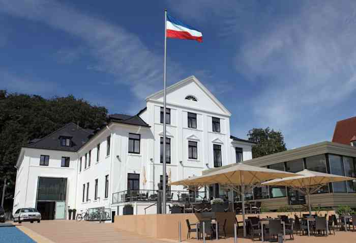 Hotel Kieler Yacht Club außenaufnahme Yachthafen