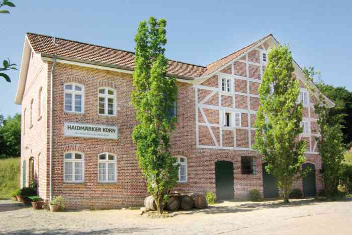 Die Hochzeitslocation Kornbrennerei aus Pattensen, auf dem Gelände des Freilichtmuseums am Kiekeberg.