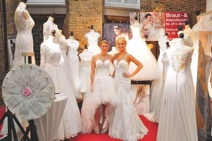 Brautmoden auf der Hochzeitsmesse Herz an Herz in Neumünster