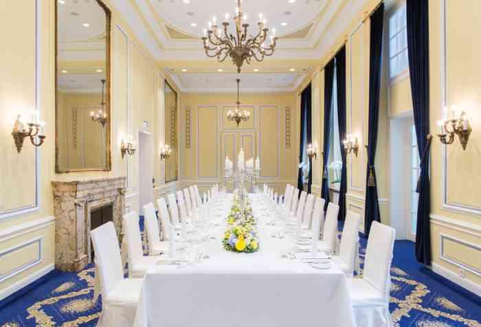 Excelsior Hotel Ernst Blauer Salon