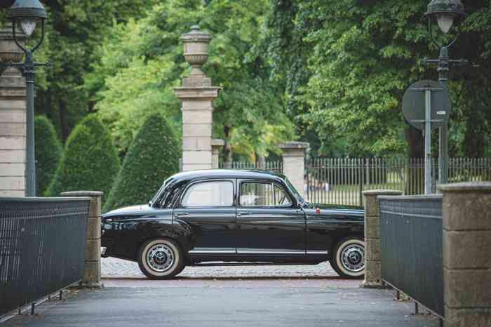 Heinz Helms Oldtimerfahrten Mercedes Benz 180 Ponton