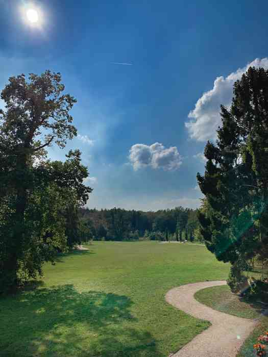 Blick in den Park Schloss Wiligrad