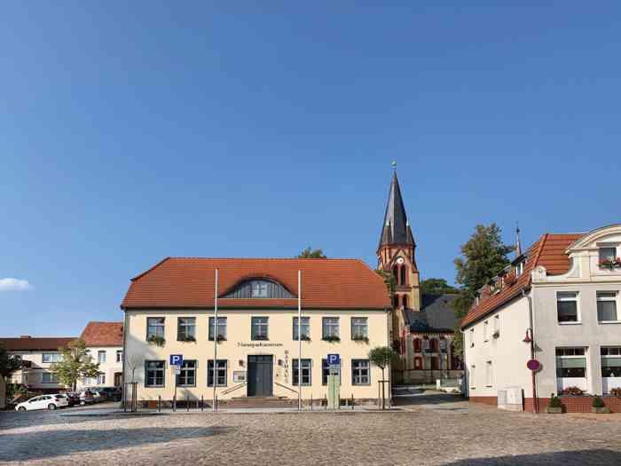 Rathaus Warin
