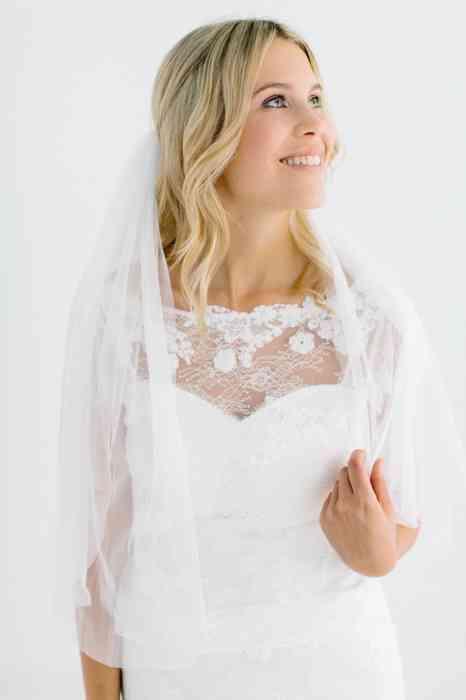 BelleJulie Bridal Accessoires Brautschleier Olive ellenbogenlang