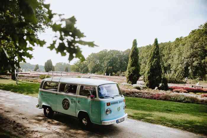 Hochzeitsbulli am Schafstall am Heidegarten