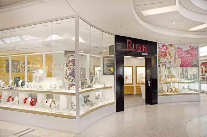 Juwelier Rubin Filiale im Phoenix-Center in Hamburg-Harburg.