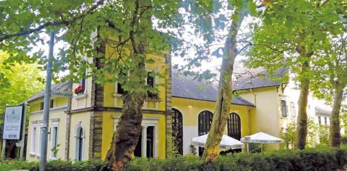Hotel und Restaurant Steinkrug in einer alten Poststation