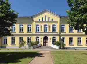 Schloss Leezen