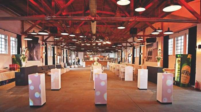 Elegante Events Hochzeitsmesse im Güterbahnhof Kiel