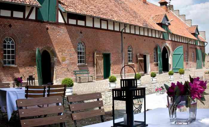 Der historische Kuhstall ist Teil des traditionsreichen Rittergutes Eckerde I.