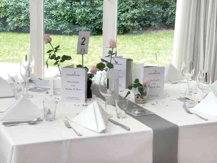 Restaurant Leuchtturm Hochzeit Tischdekoration