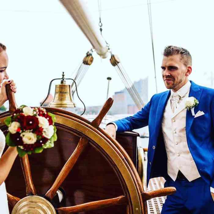 Die Bräutigame zeigen immer größeres Interesse an Hochzeitsmode.
