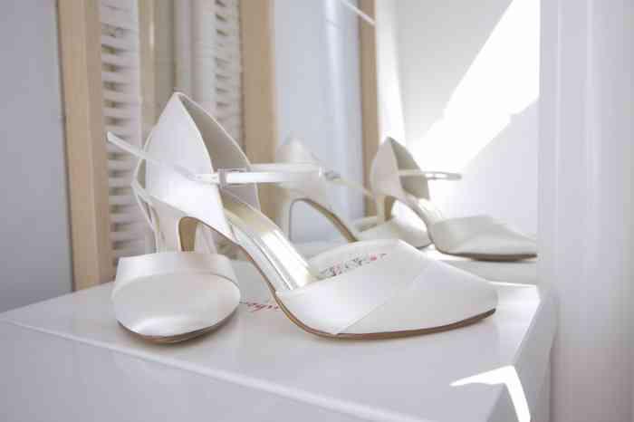 Bequeme Brautschuhe aus Satin