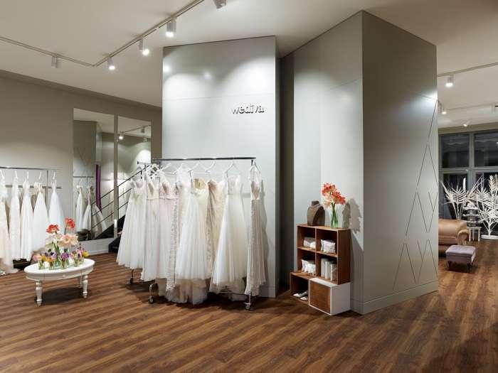 Der elegant eingerichtete Showroom von Wediva ist ein Paradies für jede Braut. Die Brautkleider werden übersichtlich präsentiert. Luxuriöse mit Sorgfalt ausgesuchte Modelle.