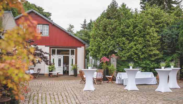 Der idyllische Bauerngarten rabers Hof.