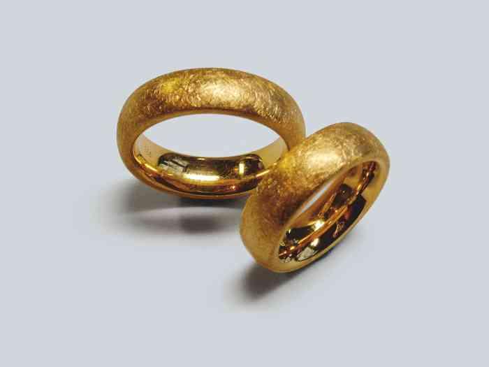 Tendenzen Goldschmiede verbindet feine Handwerkskunst mit modernem Design. Für welche Ringe werden sich Prinz Harry und Meghan Markle entscheiden?