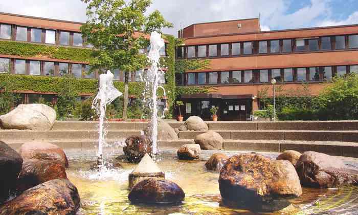 Das Standesamt Quickborn im Kreis Pinneberg ist ein beliebter Trauort für Brautpaare aus Hamburg und dem Umland.