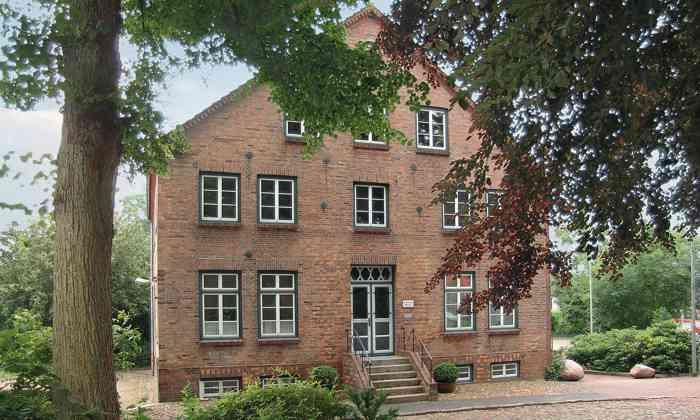 Das Standesamt Rantzau in Barmstedt im Kreis Pinneberg ist ein beliebter Trauort für Brautpaare aus Hamburg und dem Umland.
