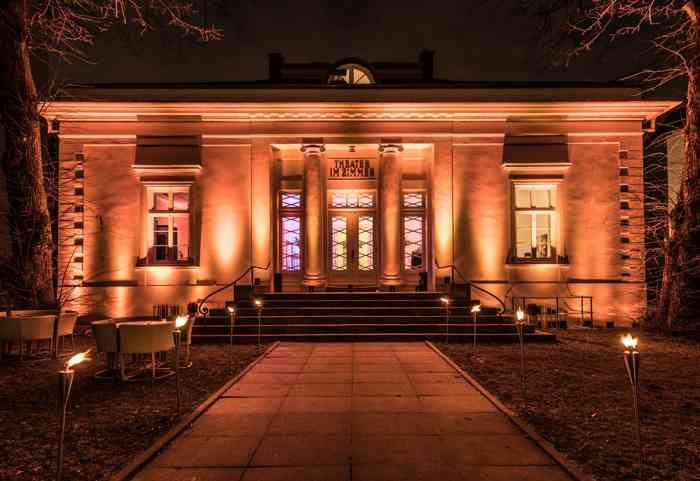 Hochzeitslocation Theater im Zimmer präsentiert von Eventagentur Blankenese.