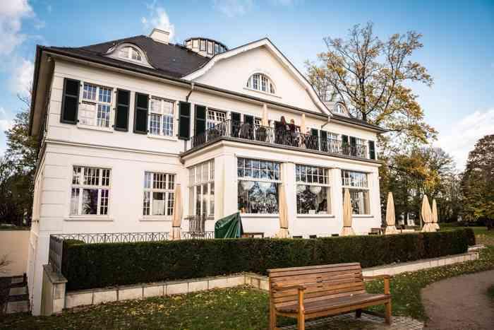 Hochzeitslocation Villa im Heinepark präsentiert von Eventagentur Blankenese.