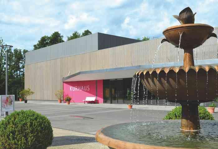 Das Kurhaus im Bad Bevensen ist Veranstaltunsgzentrum, Hochzeitslocation und Trauort zugleich.