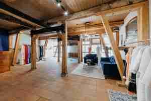 Hochzeitsspeicher an der Elbe – Moderne Brautmode in Boizenburg