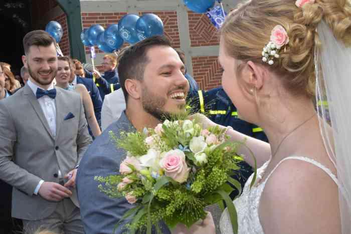 motiv pictures Sönke Kreowski Hochzeitsgäste gratulieren zur Hochzeit