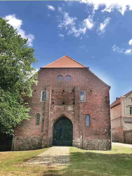Torhaus Burg Wredenhagen