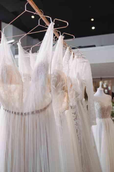 Wedding Bash 2021 Kurhaus Warnemünde Brautkleider