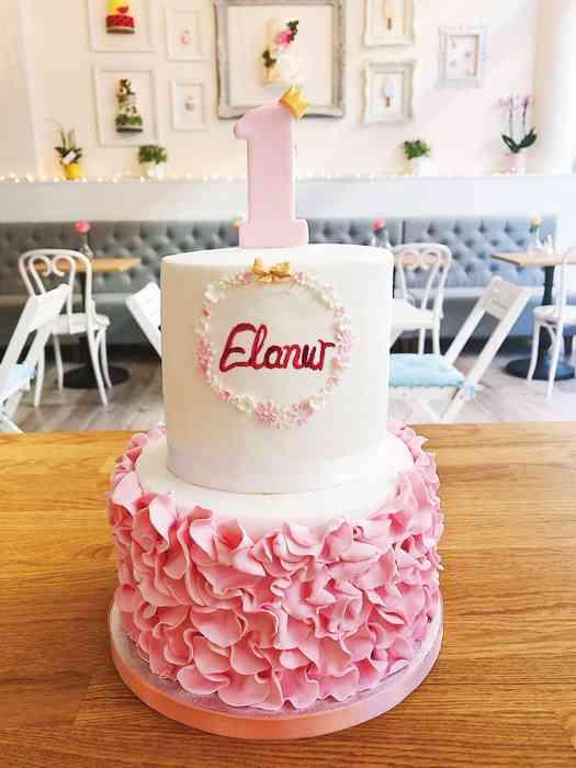 Süße Torten zum ersten Geburtstag