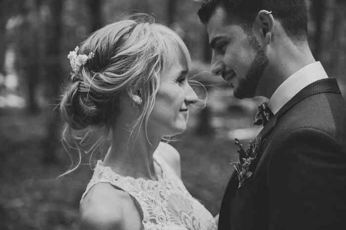 Schwarzweiß Portrait Brautpaar von Juli Schneegans Fotografie