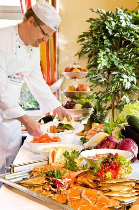 Buffet des Ringhotel Birke mit Koch