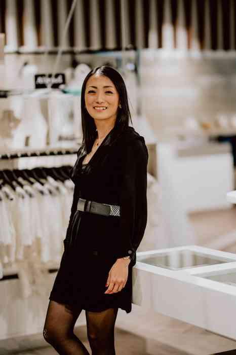 Inhaberin Weiwei Lin-Riehl vom Hochzeitshaus Lin-Riehl in Stadthagen
