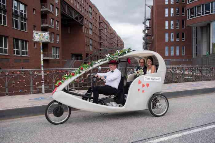Hamburg by Rickshaw Hochzeitsrikscha in der Speicherstadt