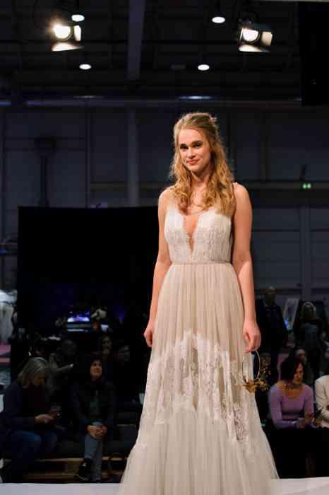 Hochzeitsspeicher an der Elbe Bridal Fashionshow Hochzeitstage 2020