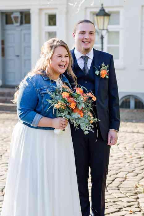Britta Gleiminger Fotografie Braut mit Jeansjacke